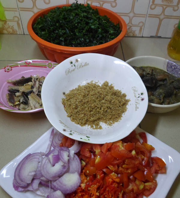 Making-vegetable sauce for rice